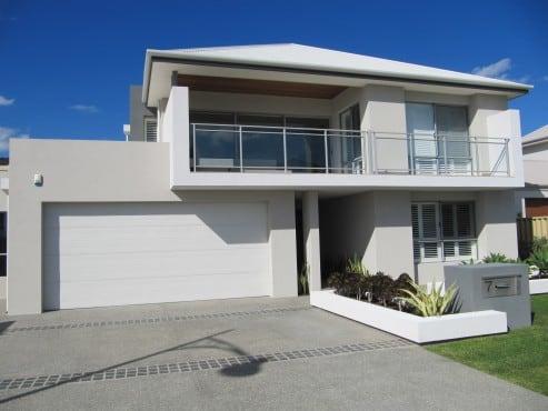Sectional garage door Perth - profile fineline colour surfmist
