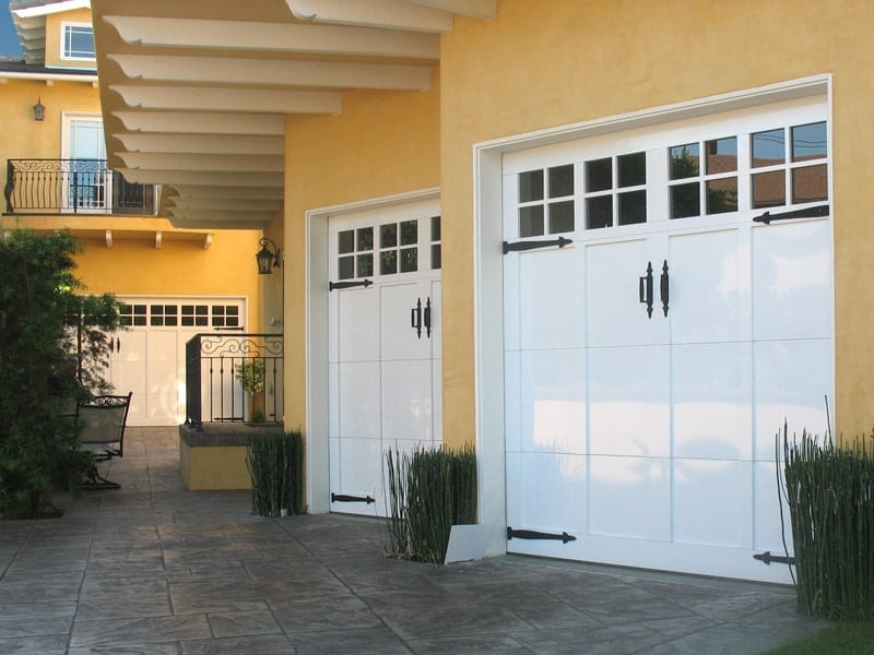 garage doors gryphon