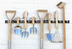 Tips and Ideas to Organise Your Garage