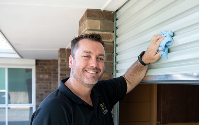 Gryphon Garage door repairs Perth
