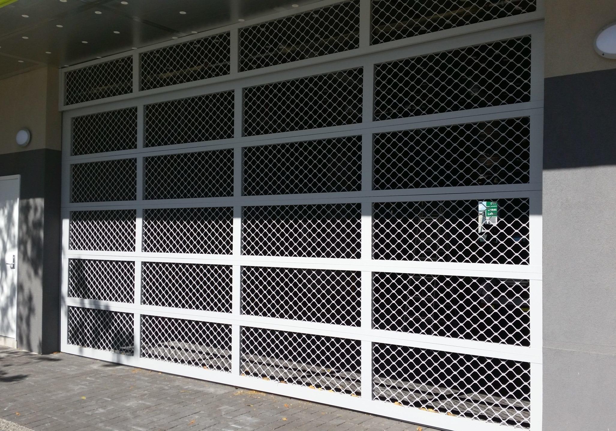 commercial solutions: industrial roller doors