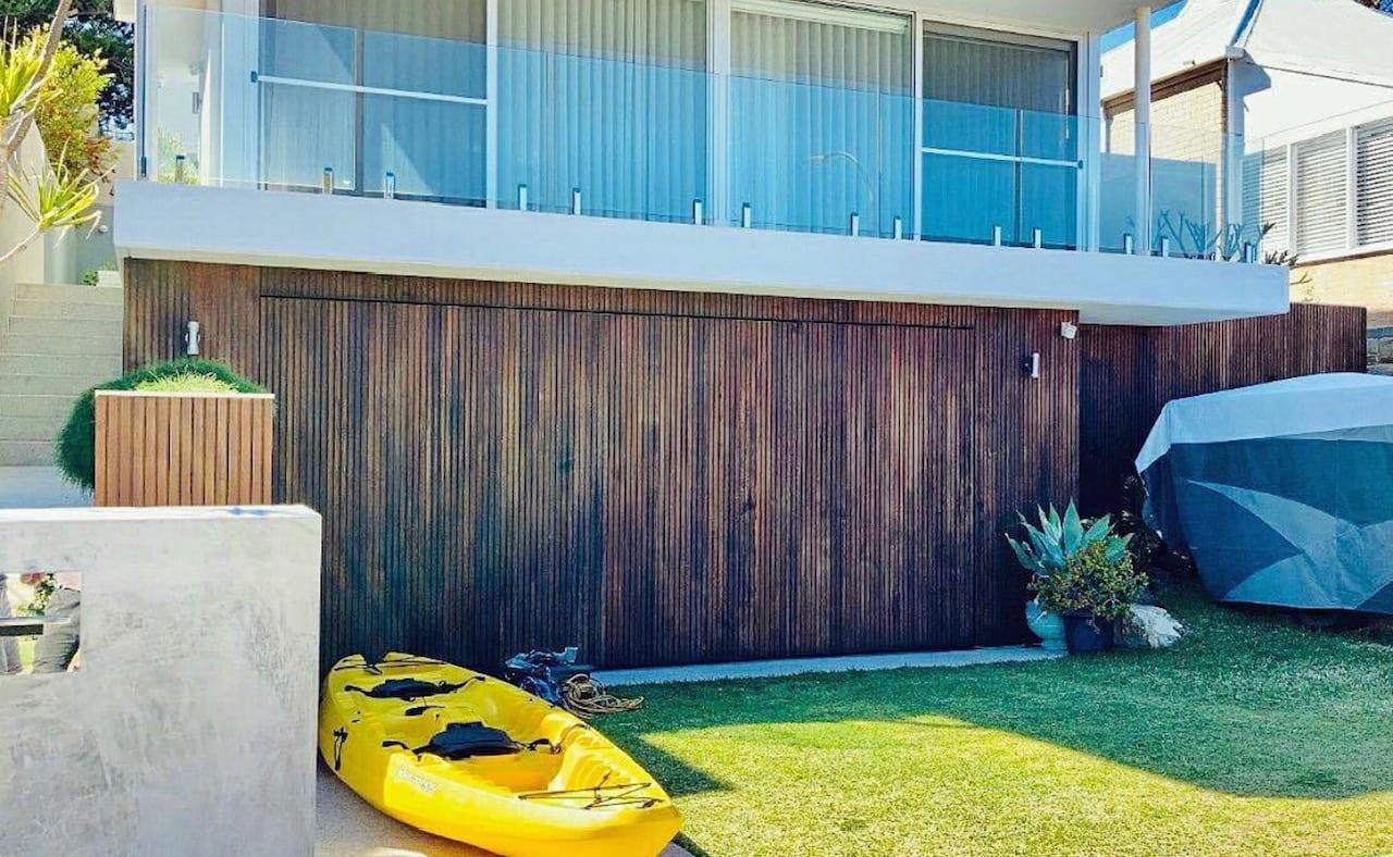 wood look garage door