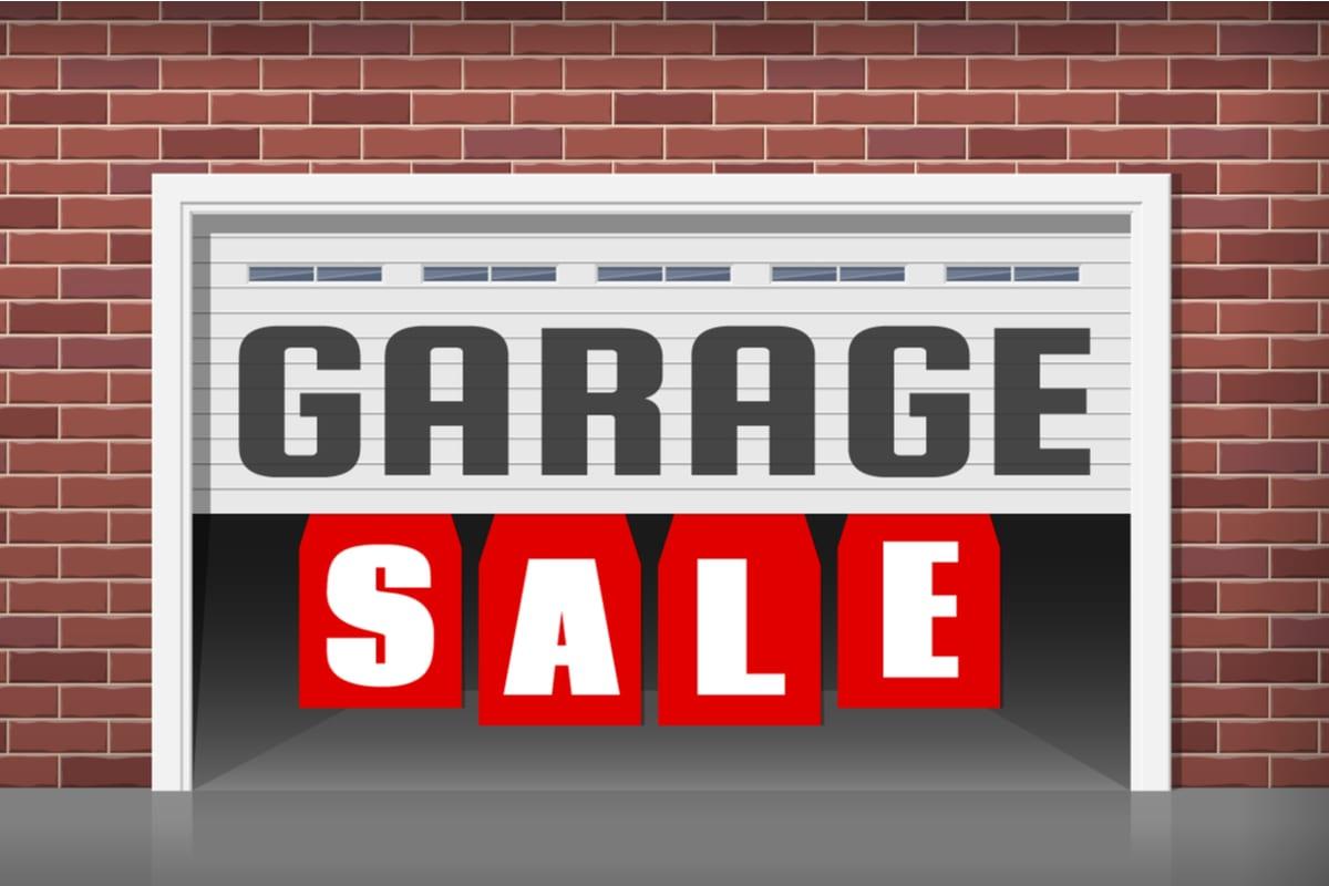 garage-sale-tips-image